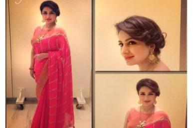 In Anita Dongre sari & 'Pinkcity' Jewellery