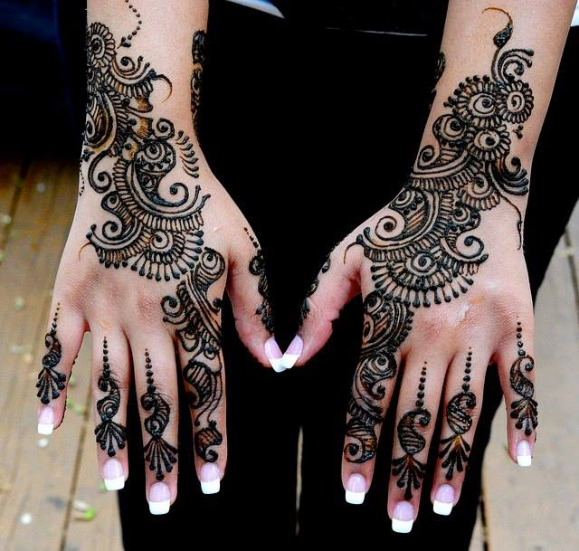 Top 10 Bridal Mehandi Design Trends To Follow In 2016