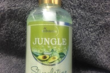 St. Botanica Jungle Stimulating Facial Cleanser Review!